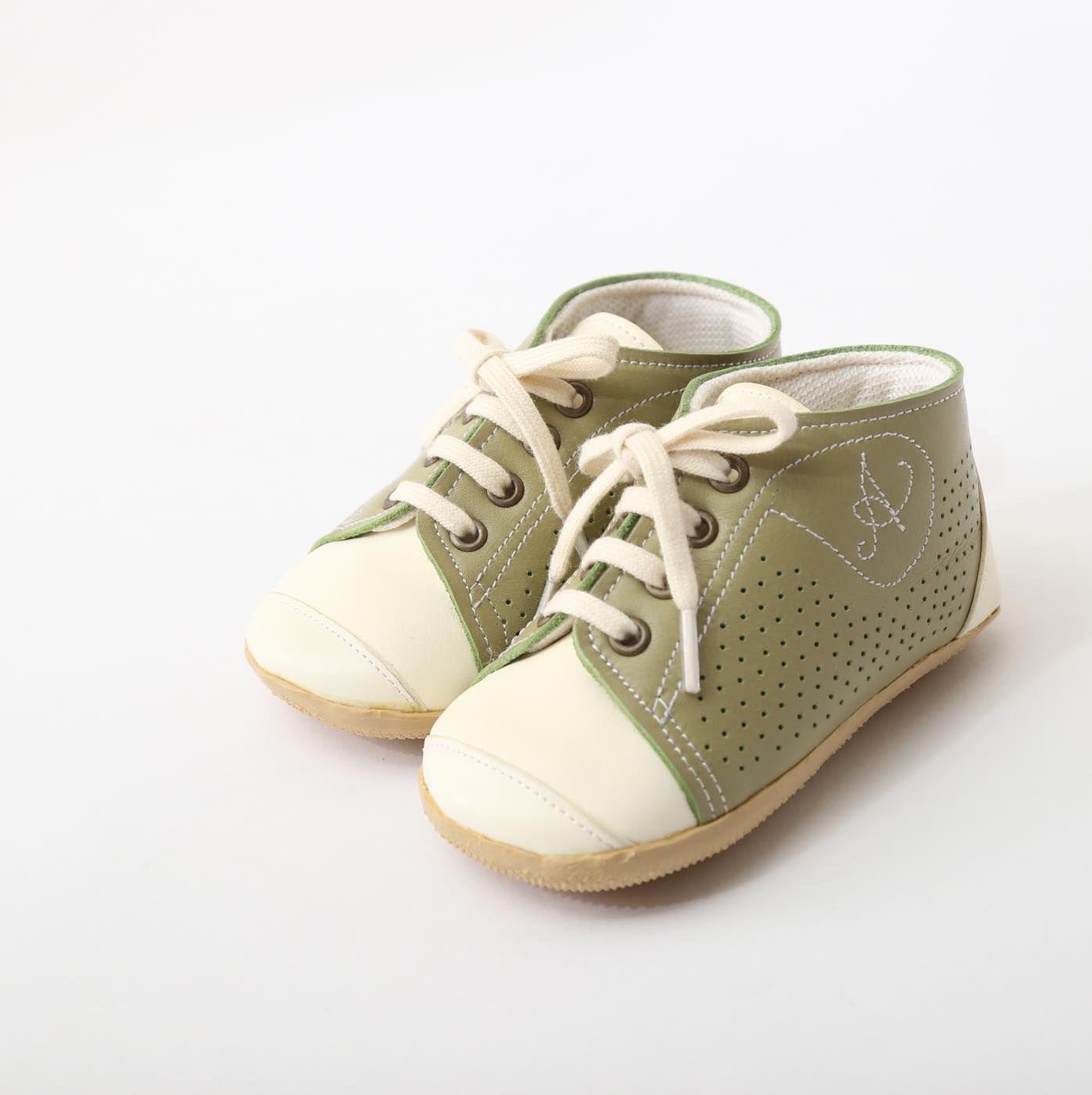 ベビーシューズ オリーブ グリーン Baby Shoes olive green