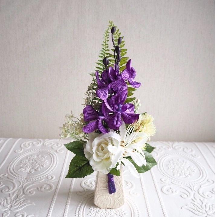 ●新作 仏花【枯れない お供え花】高貴パープル& ホワイト*お花たっぷり 陽花B39