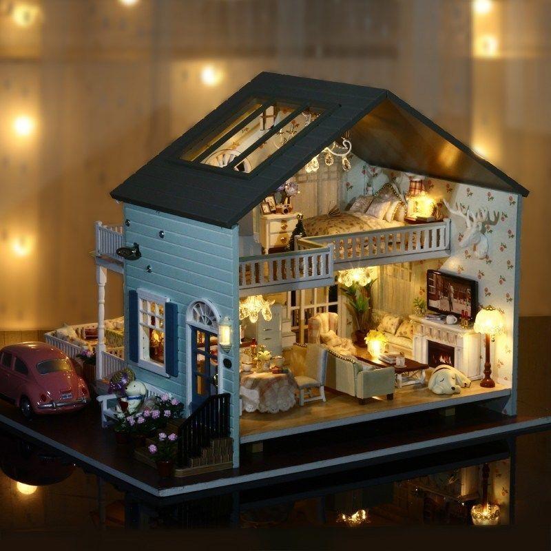 【送料無料!】ドールハウス ミニチュアハウス 小さい家 お人形の家 クイーンズ町diyドールハウス部屋ミニチュアモデルライト音楽【新品】