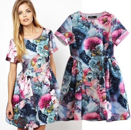 カラフルな花柄 サマードレス