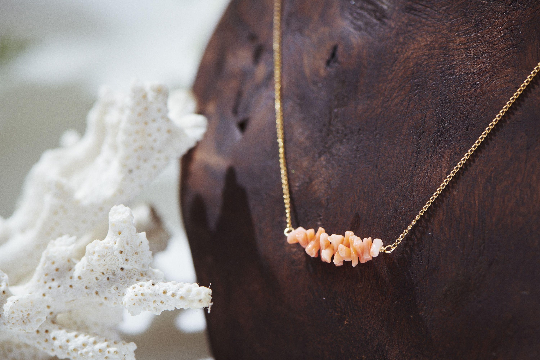 深海珊瑚ネックレス
