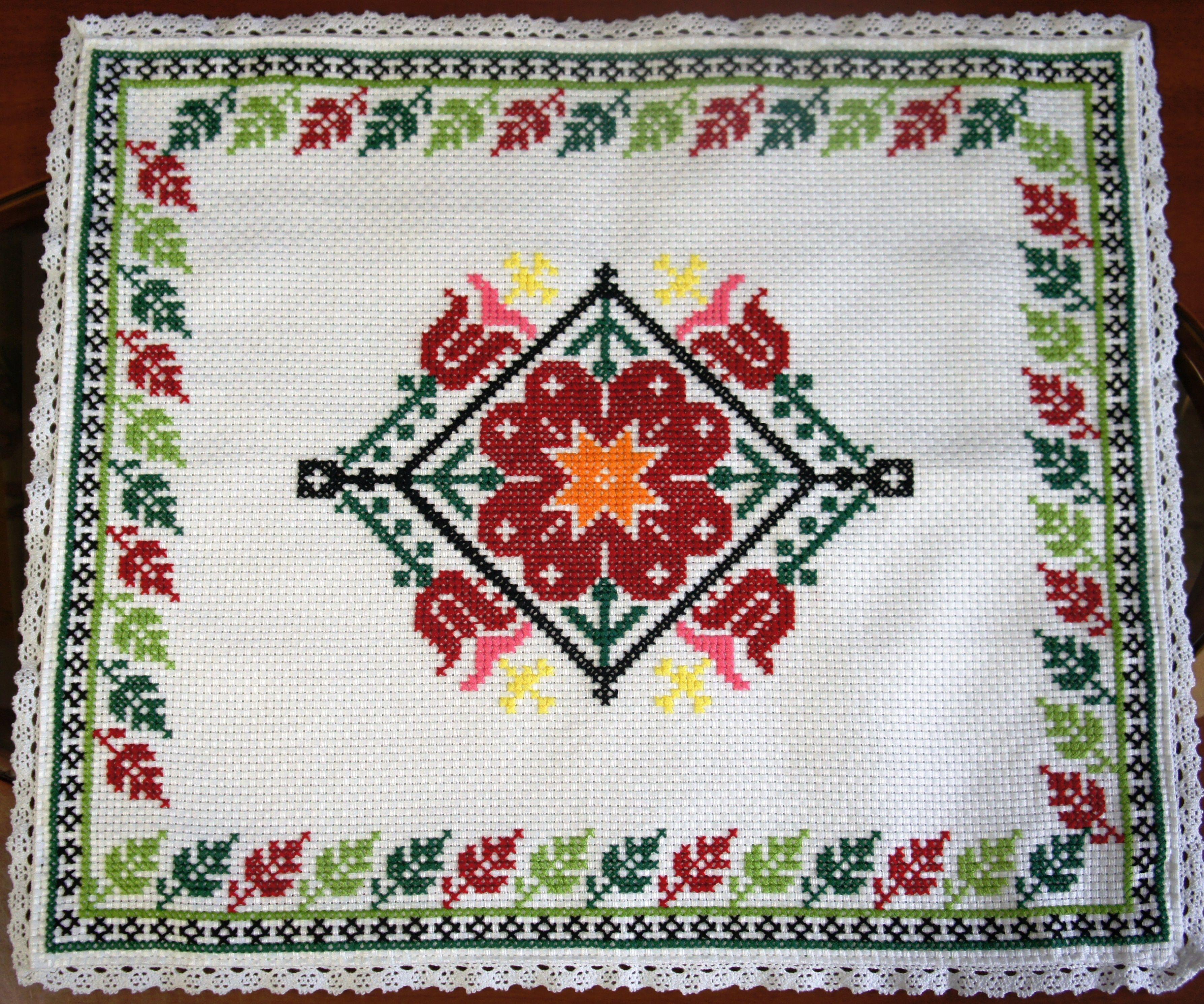 ランチョンマット大ハンガリーべレグ刺繍