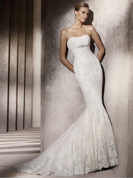 美しいマーメイドラインウェディングドレス