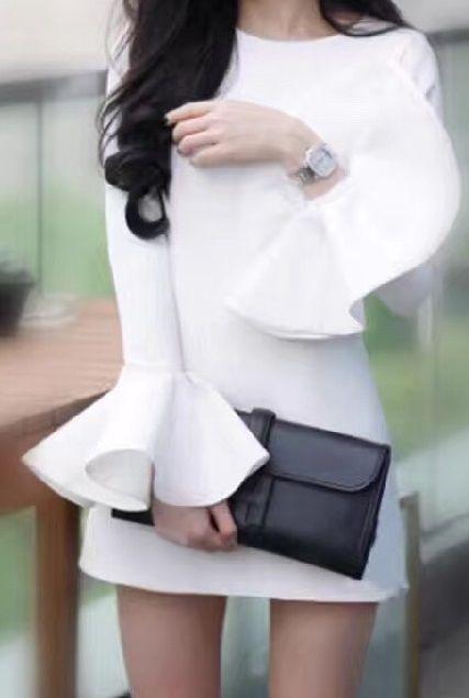 海外 インポート ホワイト フレア スリーブ フリル ワンピース ドレス 白 長袖