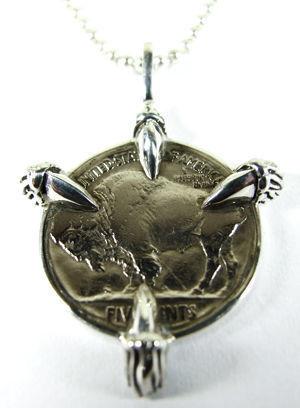 イーグルクロウ(鷲の爪) インディアン・ヘッド・バッファロー・5セント硬貨・ペンダントトップ 枠:シルバー925製 硬貨:銅75%、ニッケル25%