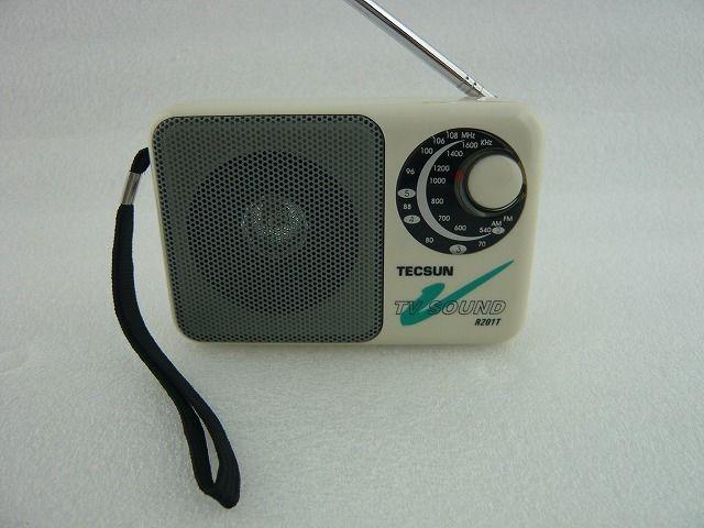 在庫1台限り:ワイドFM受信可能  TECSUN  R-201T AM/FM ラジオ