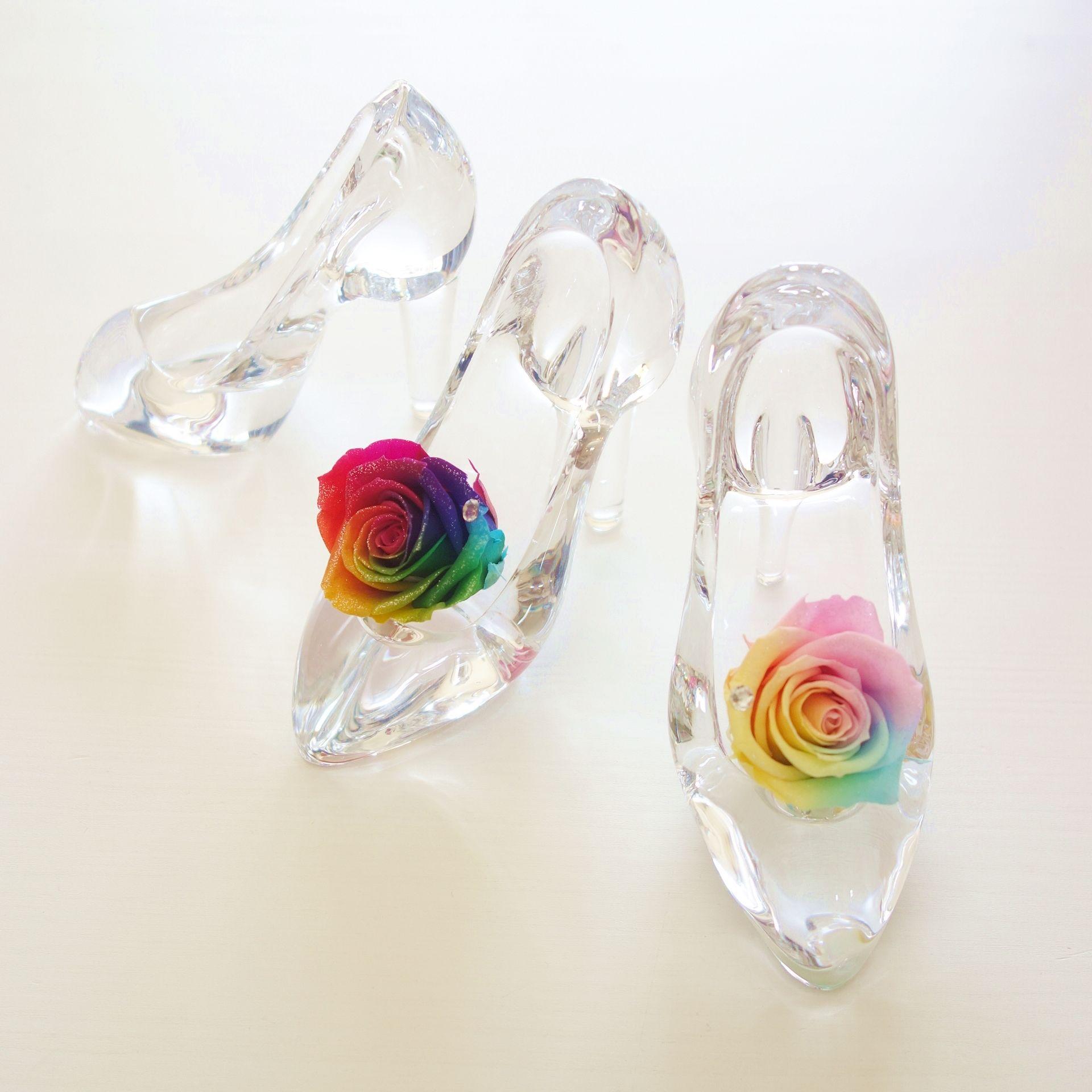 """Cinderella """"Dear・・・"""" レインボーローズが彩るシンデレラのガラスの靴 【結婚祝い】【誕生日】【プロポーズ】【記念日】"""