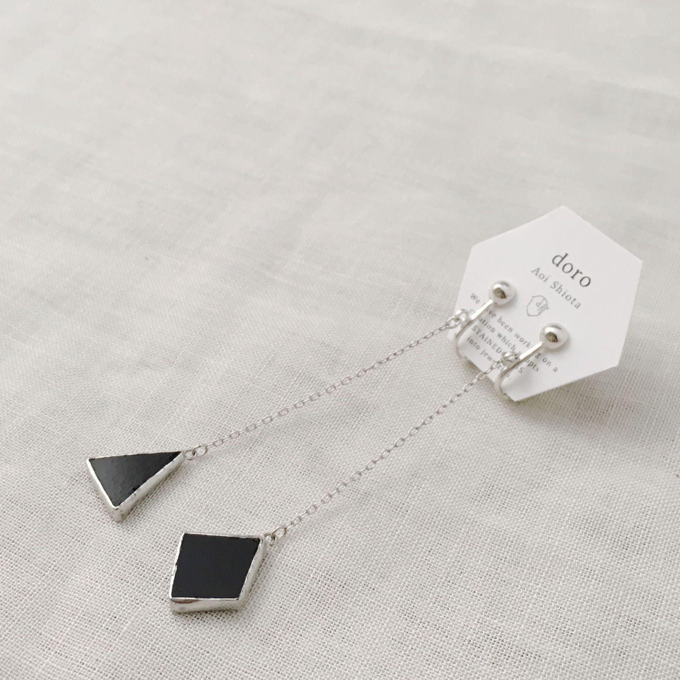 KAKERA Hanging Earrings 021 black ピアス交換無料