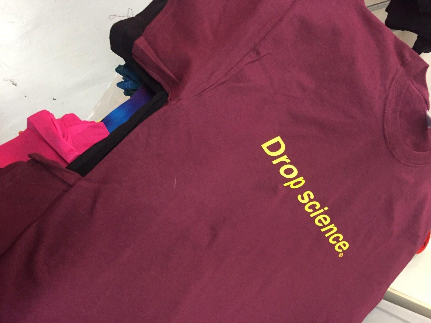 Drop science Logo Tshirt キャバリアーズカラー