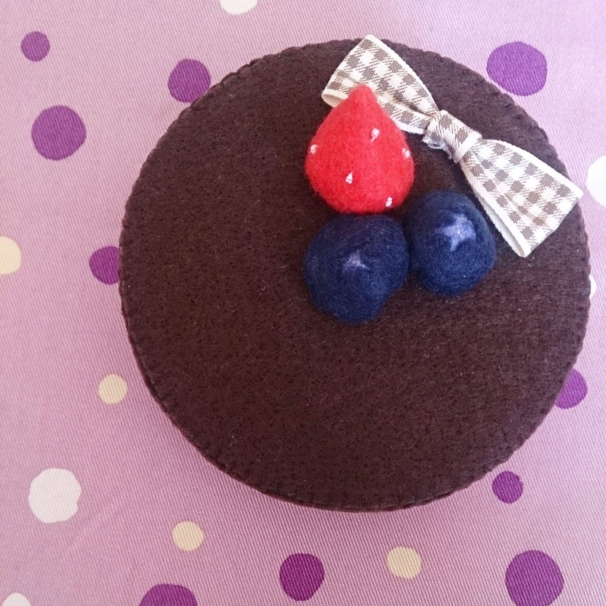 小物入れ【M】ブルーベリーチョコケーキ/フェルトケーキ