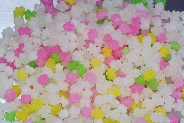 小粒金平糖(どっさり1kg)白色主体、黄、ピンク、若草色の4色タイプ♪