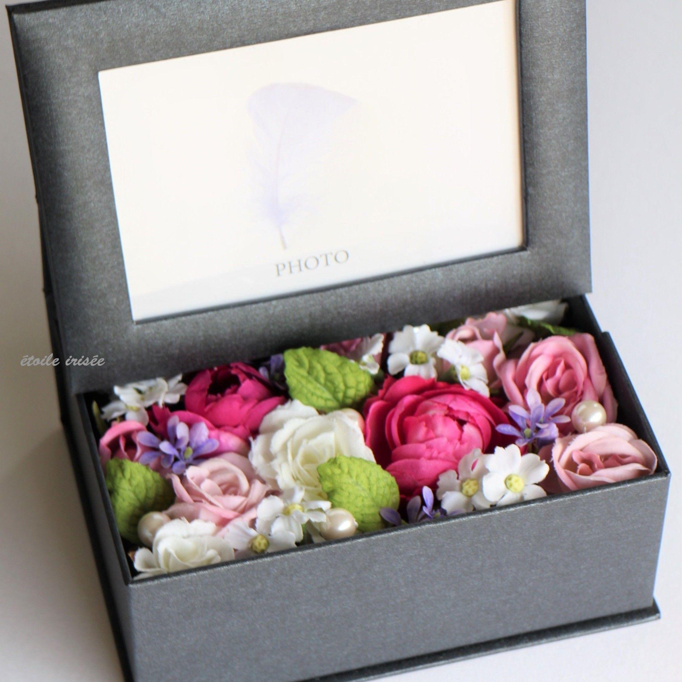 ピンクと白のバラのフォトボックス