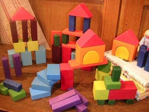 【26-GR-10120】[Grimm's Spiel & Holz Design グリムス社] カラー幾何学積み木60P