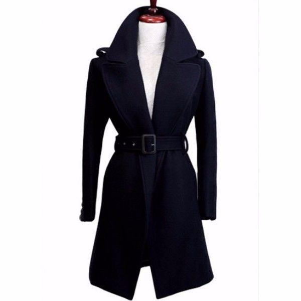 これ1着で万能! 着回しやすい黒のトレンチコート