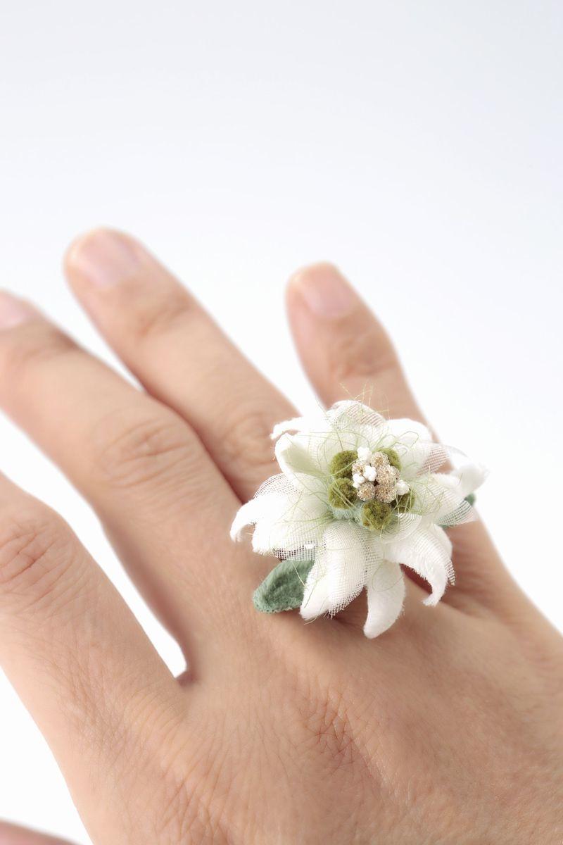 エーデルワイス 緑 * モア製 * 指輪・リング  のコピー