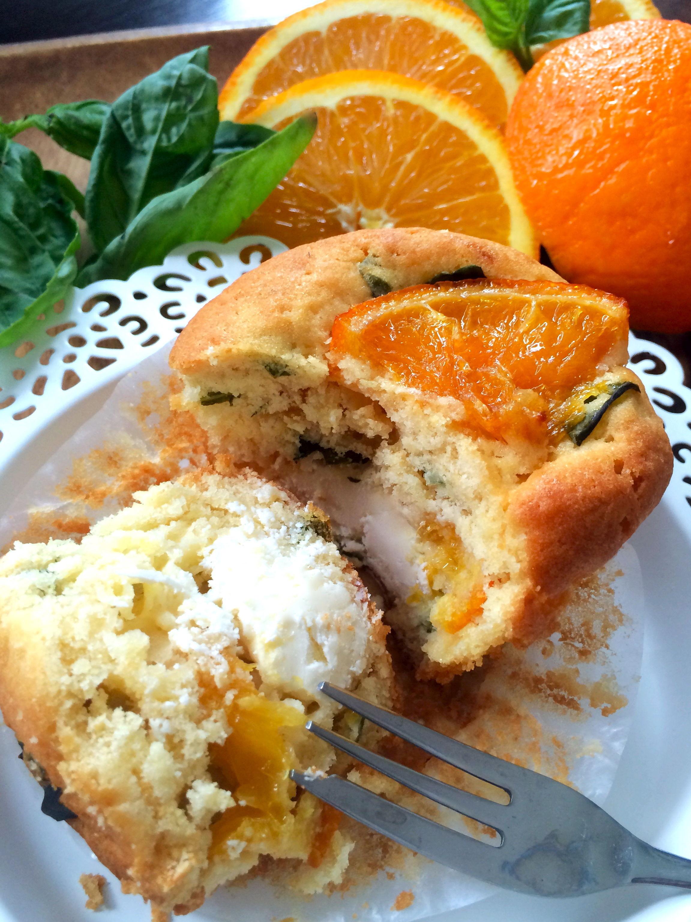 オレンジとバジルのクリームチーズマフィン