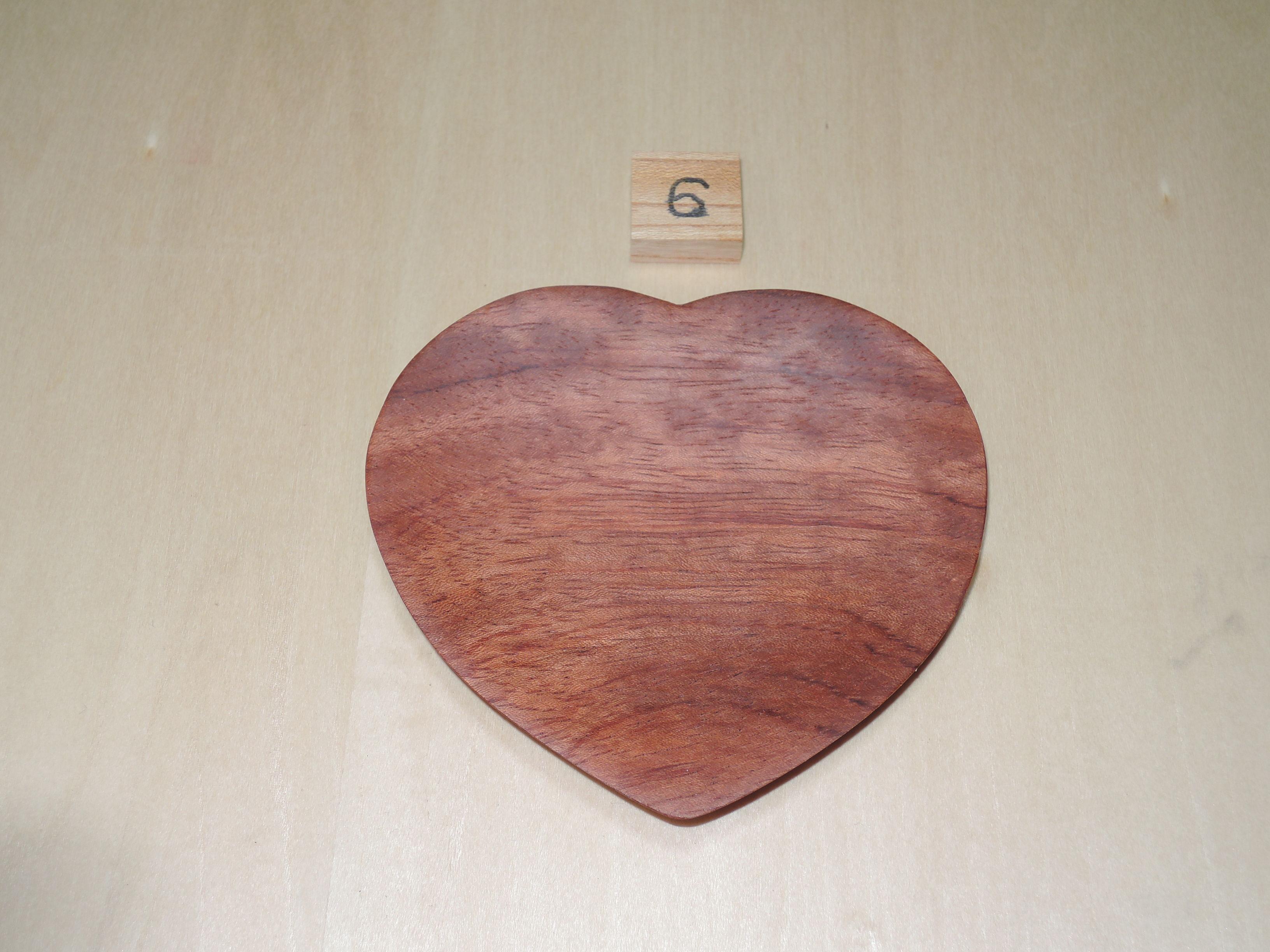 木製 ハート型 プレート 小皿(中) ローズウッド