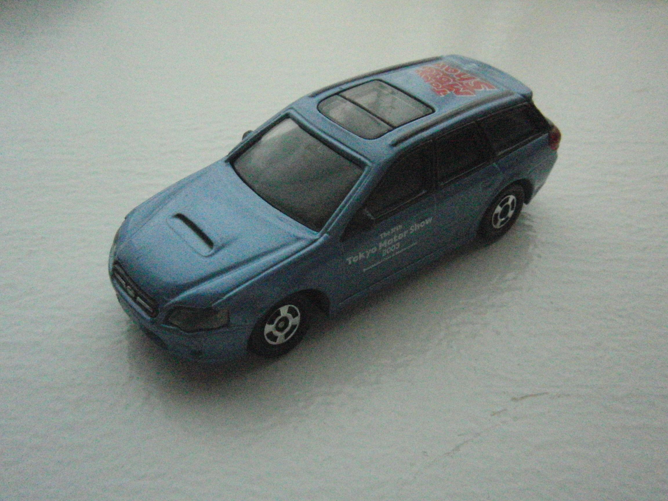 トミカ スバル レガシーワゴン 第37回東京モーターショー2003限定仕様 NO.11