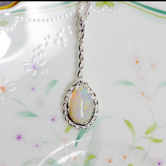 可愛い☆天然シェルオパール(貝化石オパール)純銀ネックレス 1.40ct☆ハンドメイドジュエリー1点もの