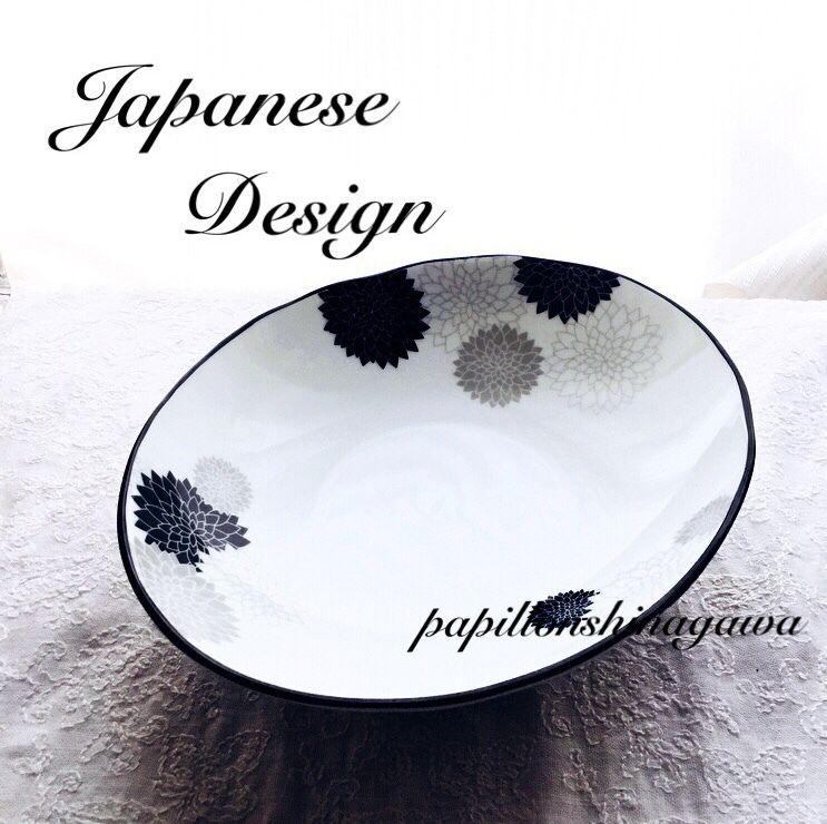 楕円のモノトーン菊皿