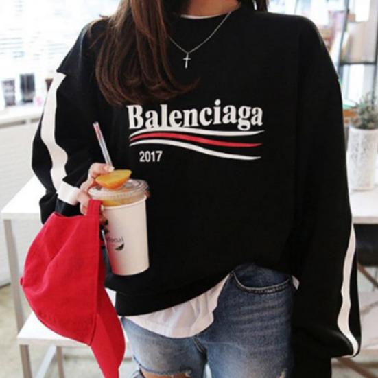 バレンシアガbalenciagaトレーナースウェット 人気美品 男女兼用