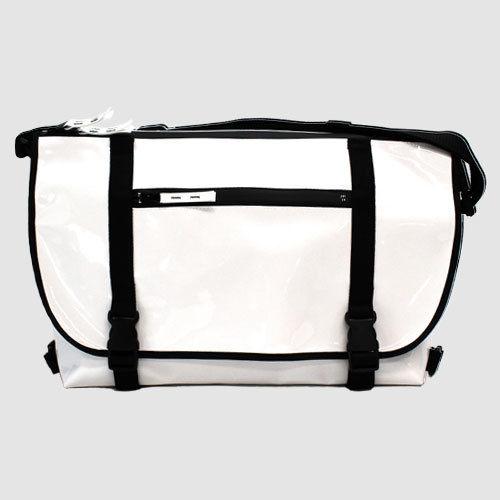 030 MESSENGER BAG _white×black