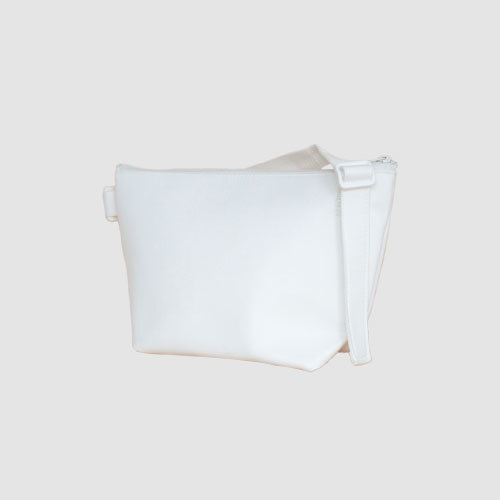 023 SHOULDER POUCH _white