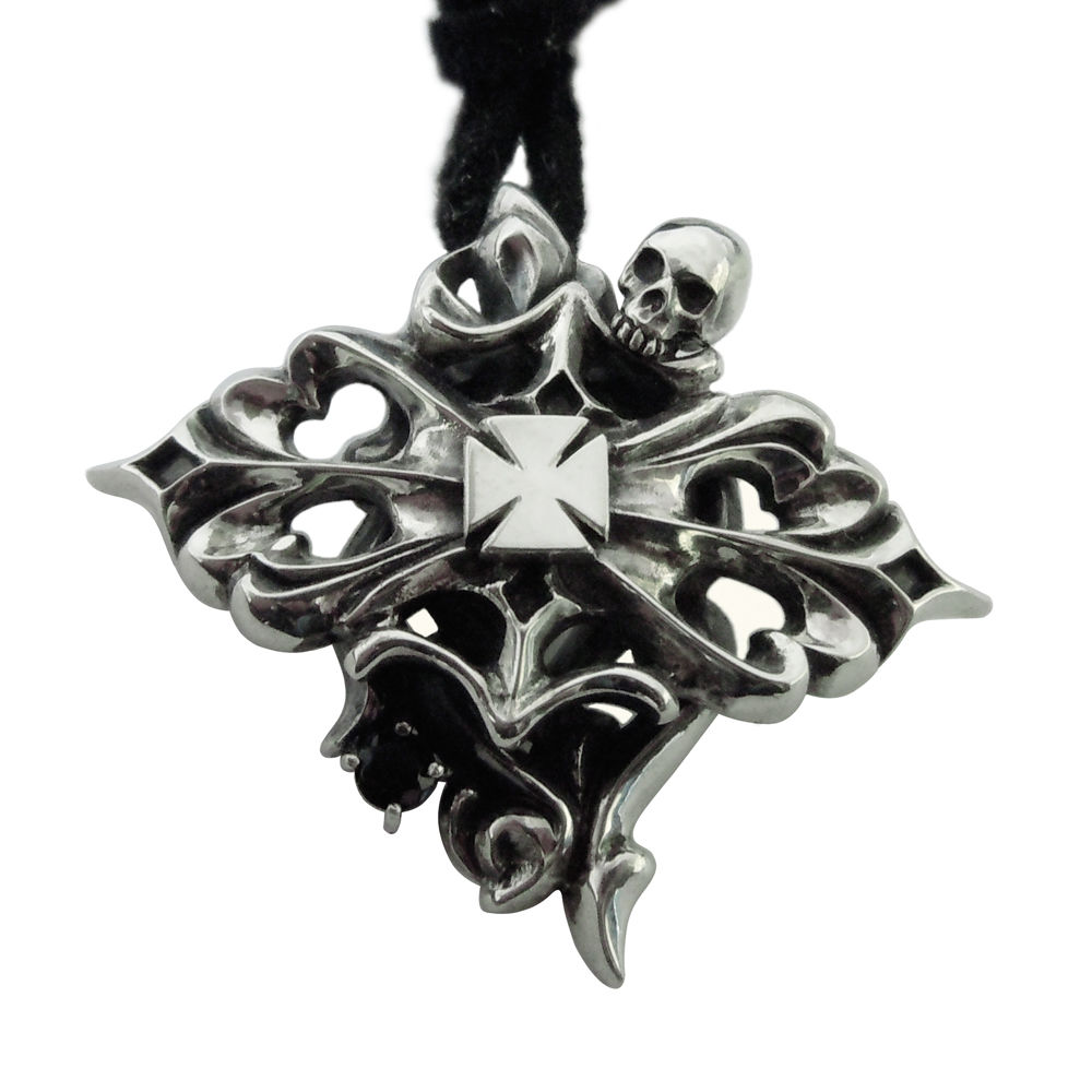Jack & Qween iron cross custom pendant  (革ひも付き)