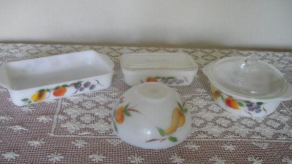 ファイヤーキング フルーツ柄 ミルクガラス食器4点セット