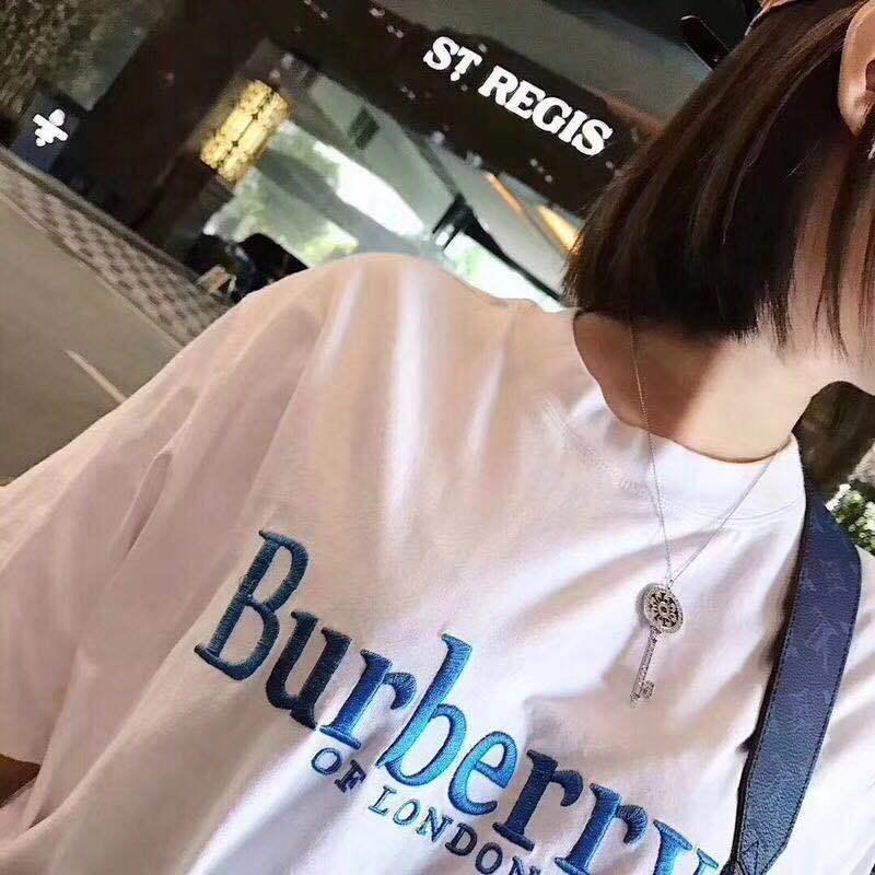 【翌日発送】Burberry(バーバリー) TEE  半袖   Tシャツ  brand006