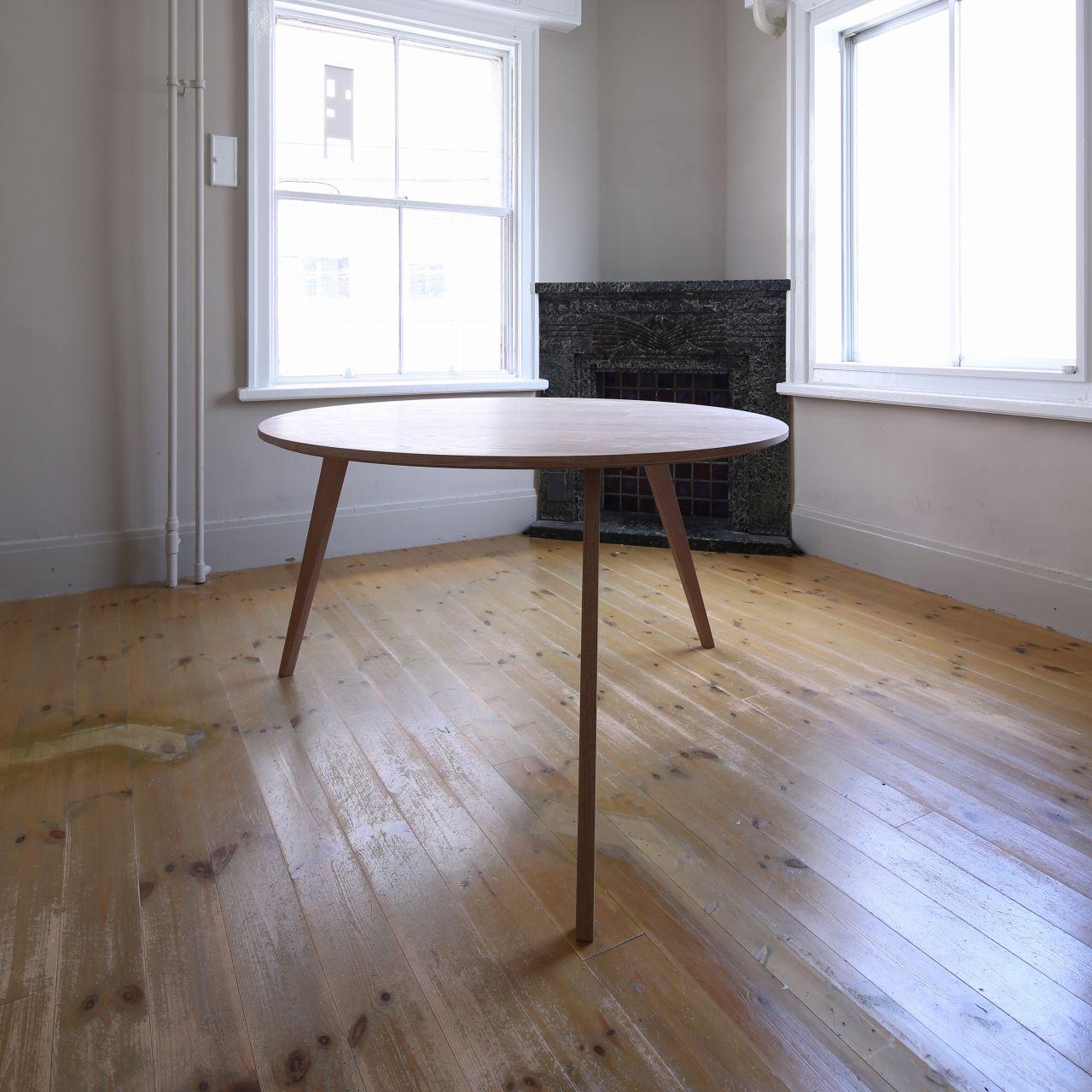 H24 オーク材丸テーブル 直径120㎝