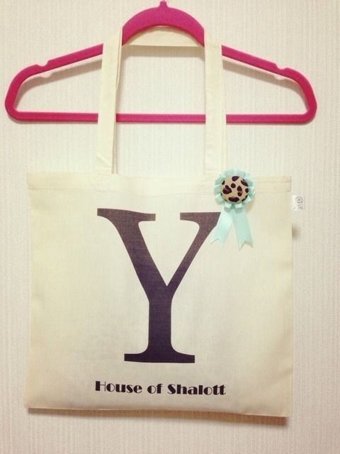 "Alphabet tote with Rosette ""Y"""