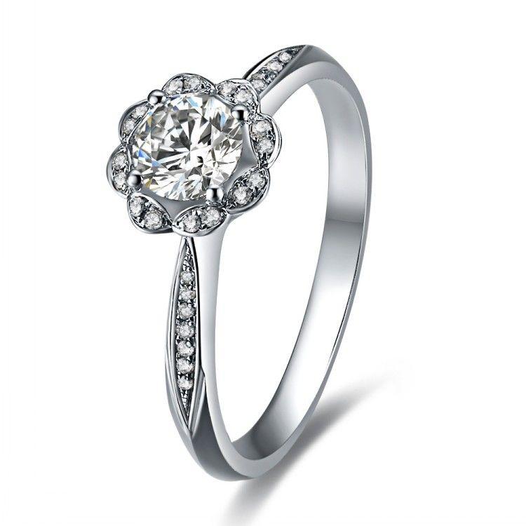 唯一な花リング*30連ダイヤモンド*絶賛品