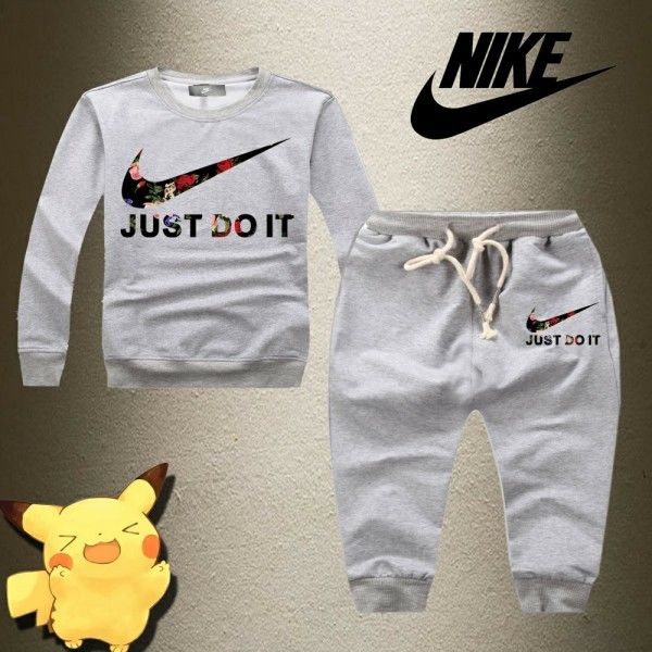 KIDS ナイキ人気 Nike 上下セット スウェット ジャージ キッズセットアップ 可愛い 上下セットアップ