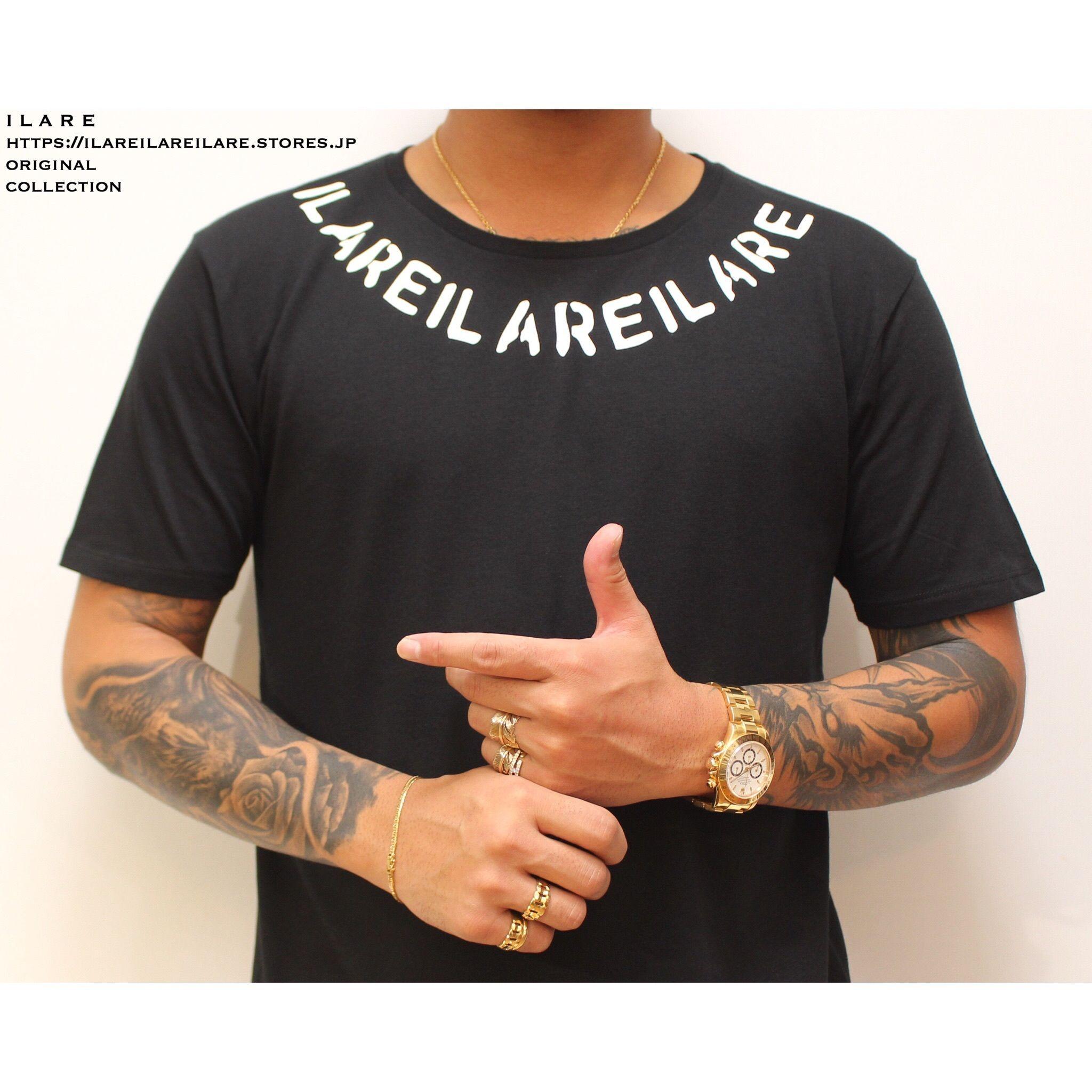 ILAREネックレスロゴティーシャツ/ブラック
