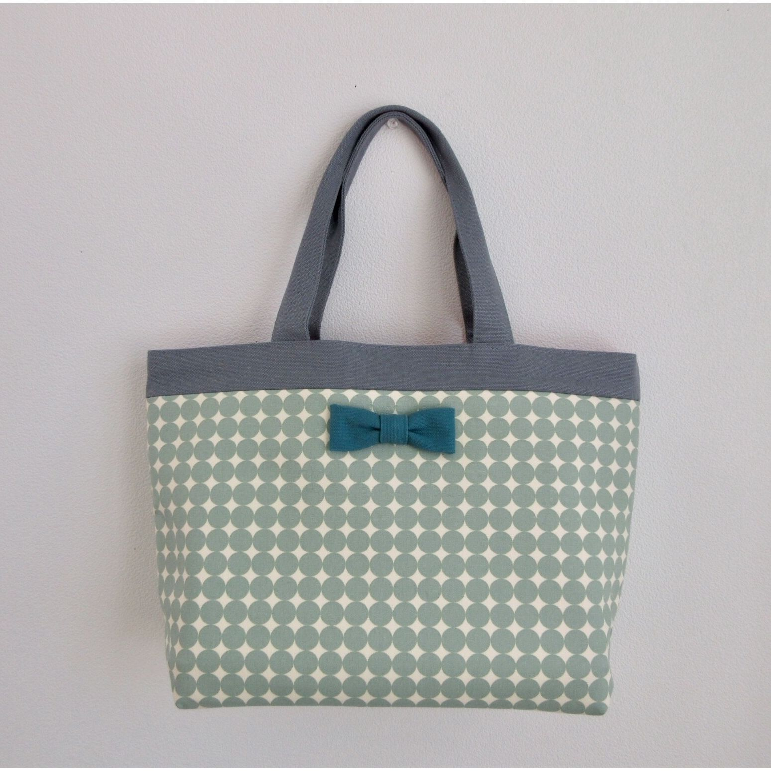 basic tote dots mint
