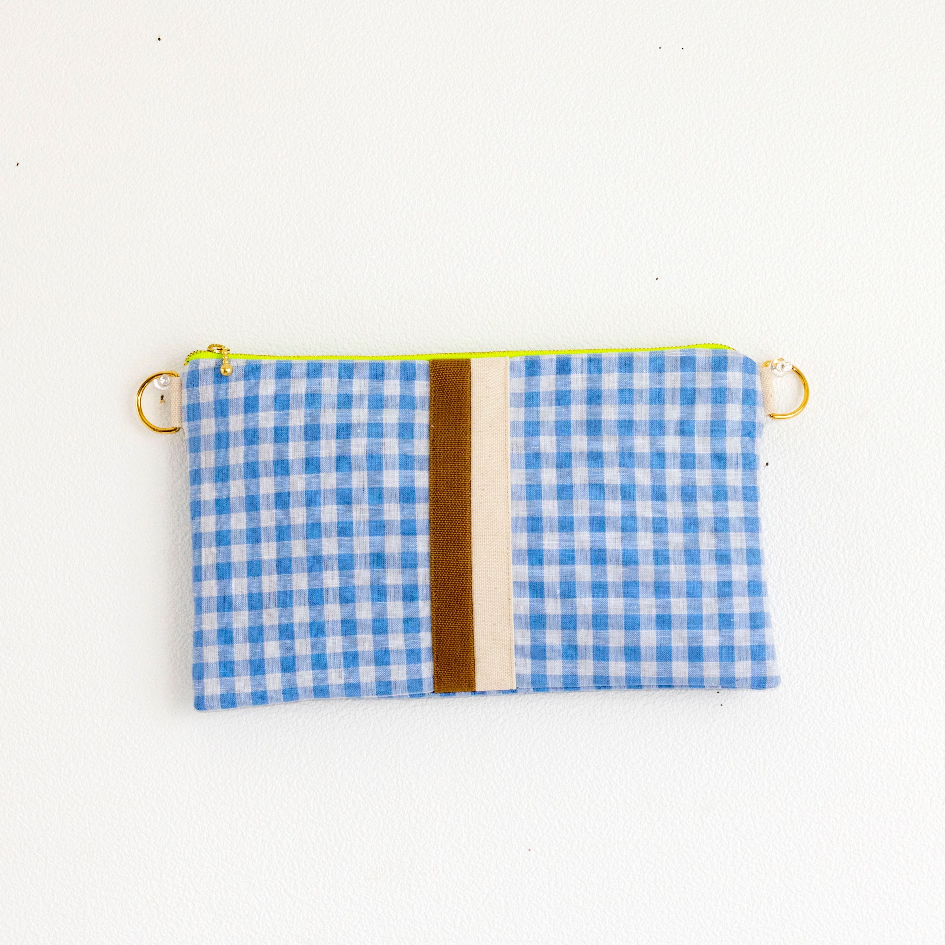 【online store限定】chain clutch gingham blue