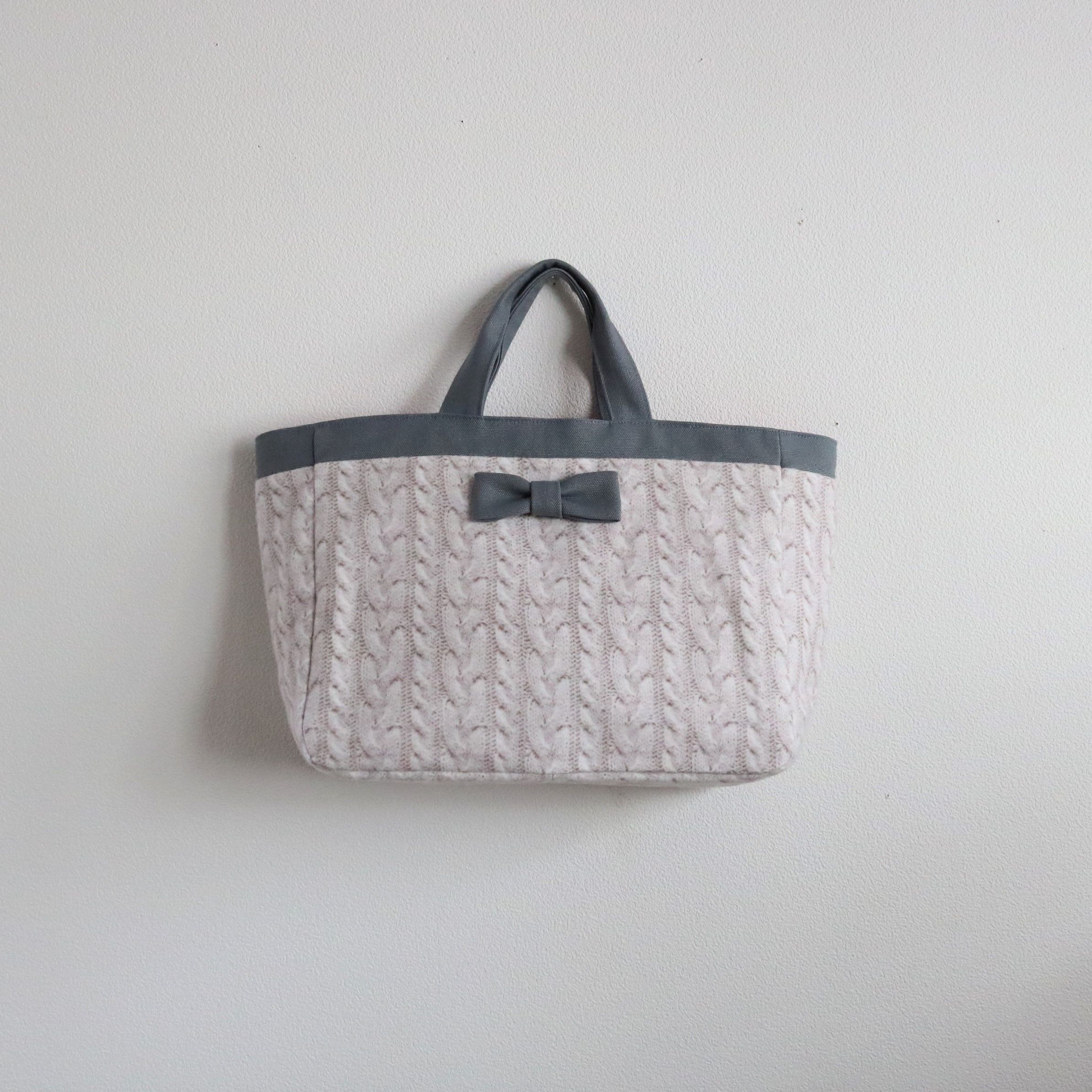 【online store 限定】town mini tote fake knit beige