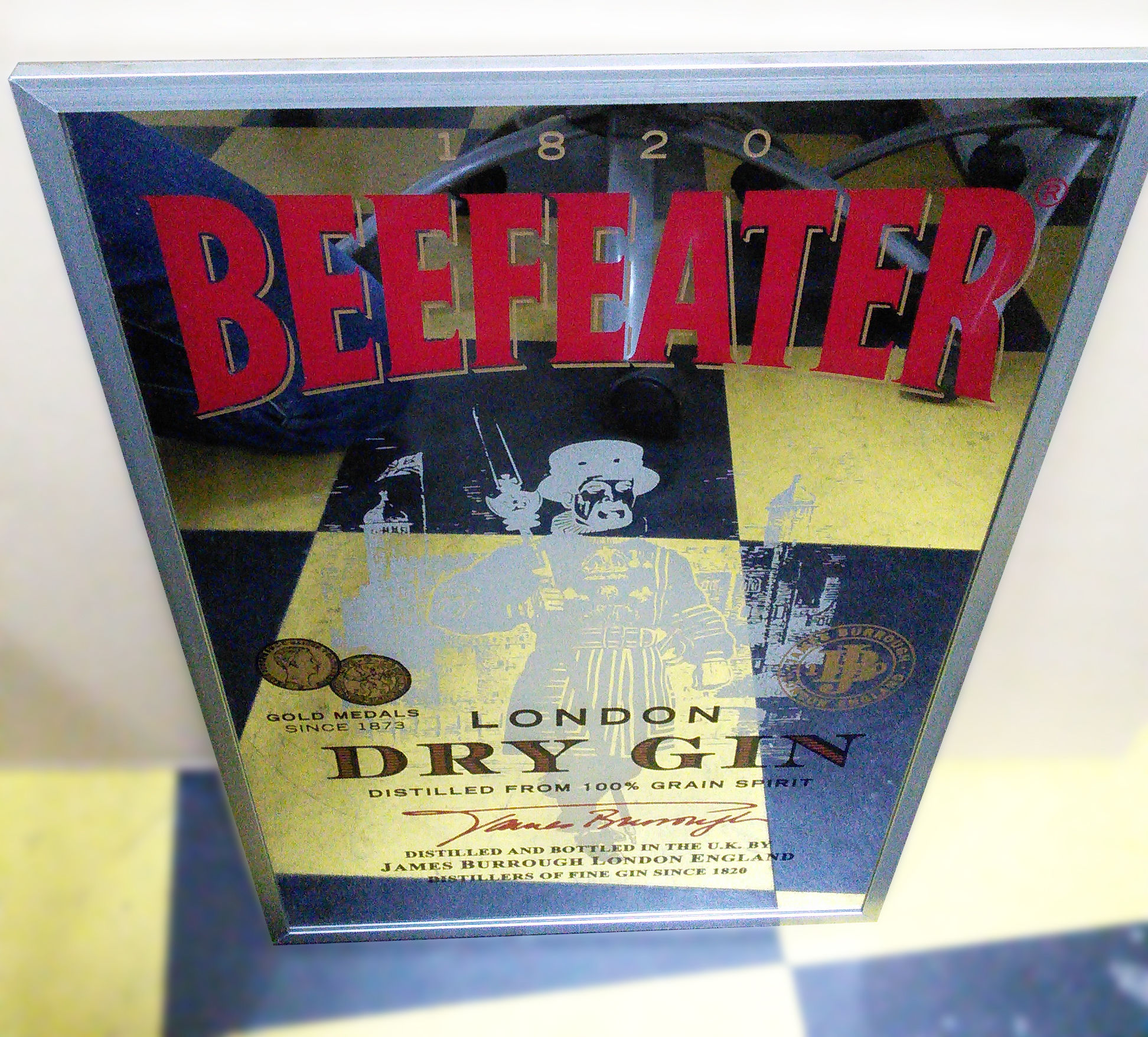 BEEFEATER パブミラー