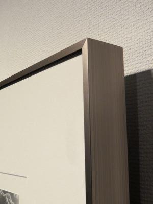 アートワーク原画 高品質額装+低反射アクリルパネルへの変更