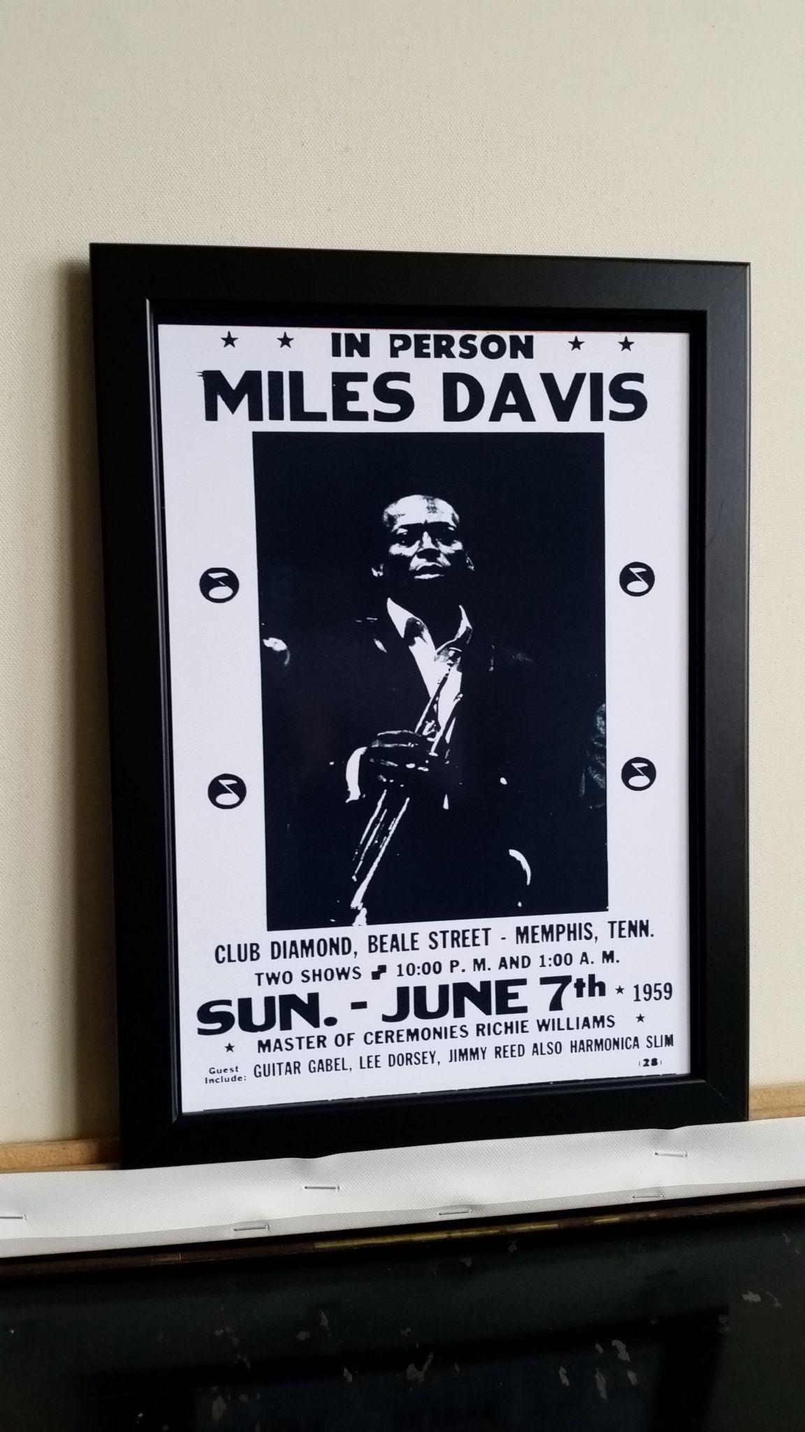 マイルス・デイビス 1959年 ビンテージコンサートポスターA4 【フレーム入り】英国製