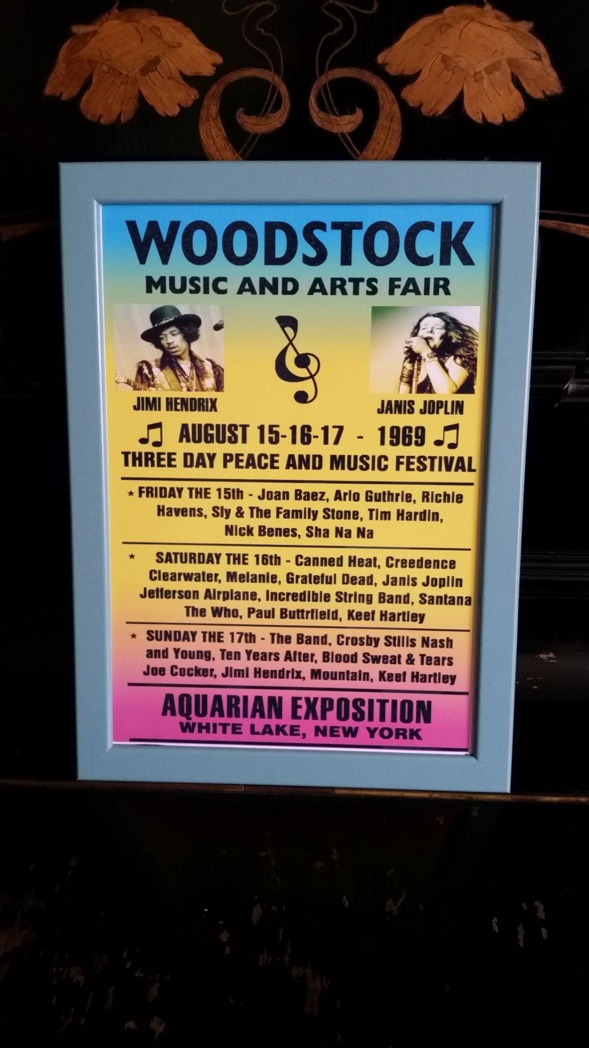 ウッドストック 1969年 ビンテージコンサートポスターA4 【フレーム入り】再生産品 英国製