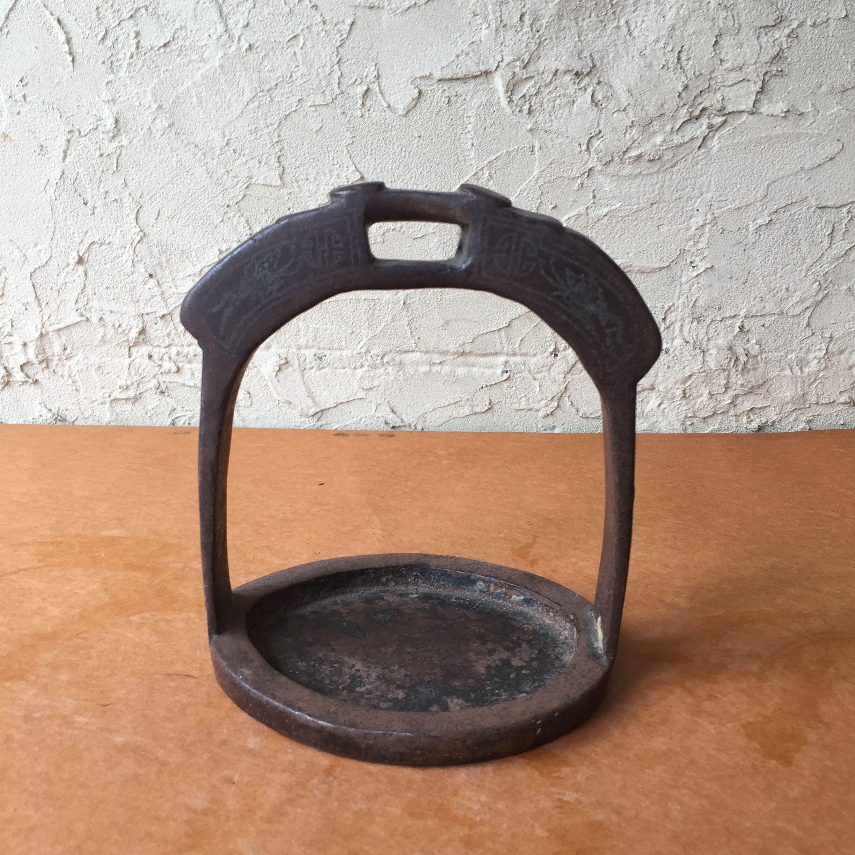 Japan vintage  鉄製 馬具 鐙 あぶみ 洋鐙 花入 花台 花器