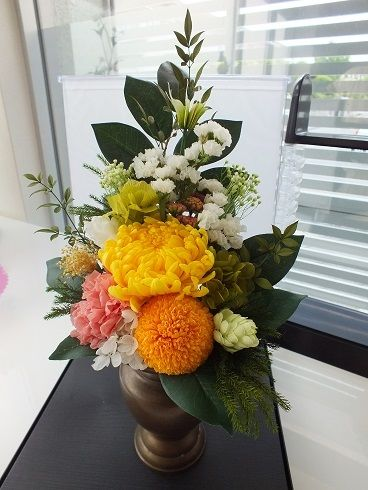 仏花黄色の菊・対