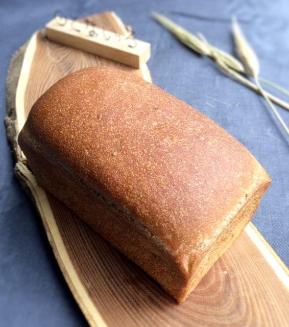 全粒粉とふすまの食パン
