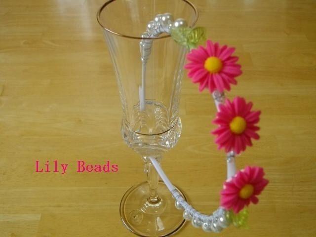 Lily Beads カチューシャピンクマーガレット