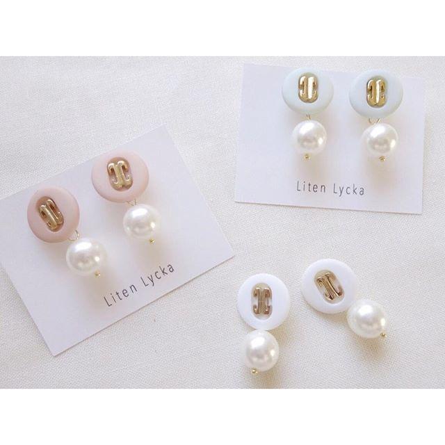 【全3色】vintage button × pearl ピアス