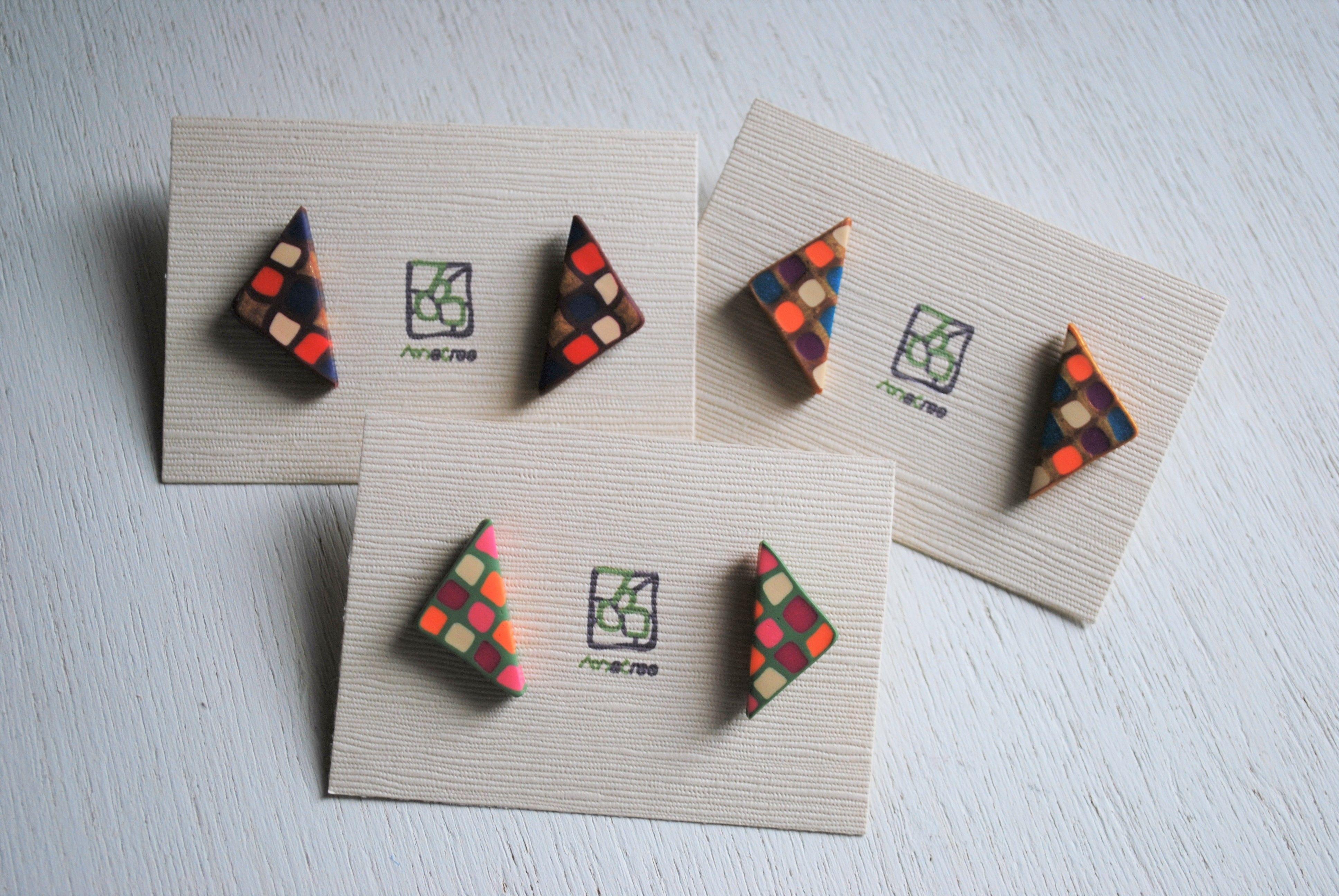 カラフル三角ピアス 3color