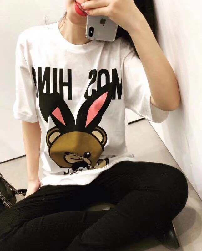 【Madoka STORE】モスキーノ  半袖   Tシャツ   トップス    ima-1804