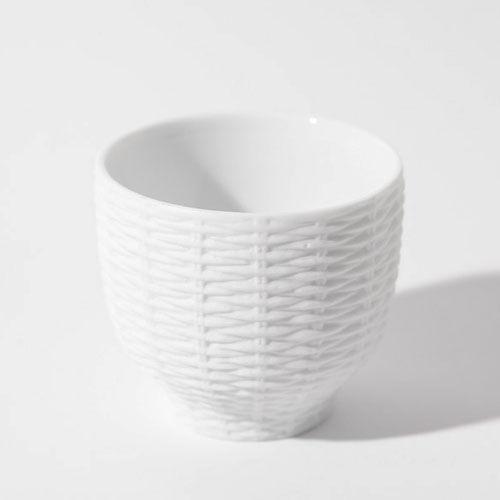 【食を楽しく】愛知県瀬戸市が生んだ、まるで籐かごのようなマグカップ<Trace Face Rattan cup>